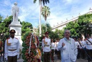 El doctor Eusebio Leal destacó que un país jamás debe olvidar a sus héroes.
